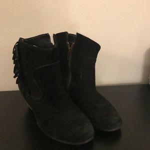 Steve Madden fringe ankle boots
